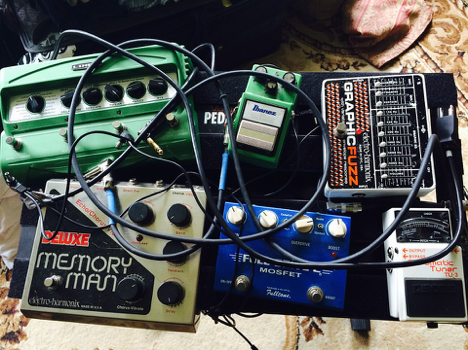 5 of Our Favorite Guitar Pedals for 2016